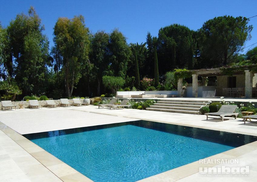 Volets de piscine immerg s unibad for Volet de piscine